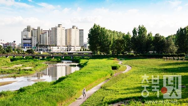 보강천 생태공원.jpg