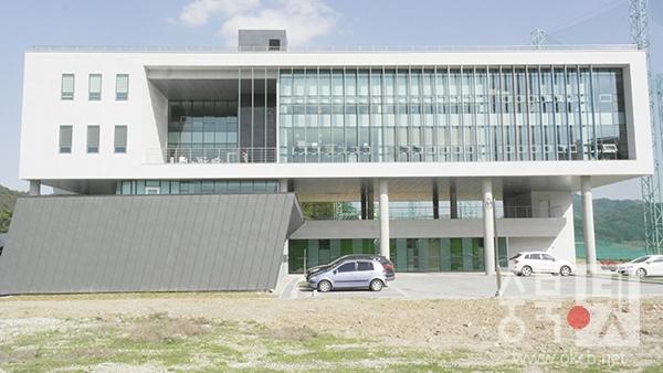 건국대 글로컬 창업보육센터.jpg